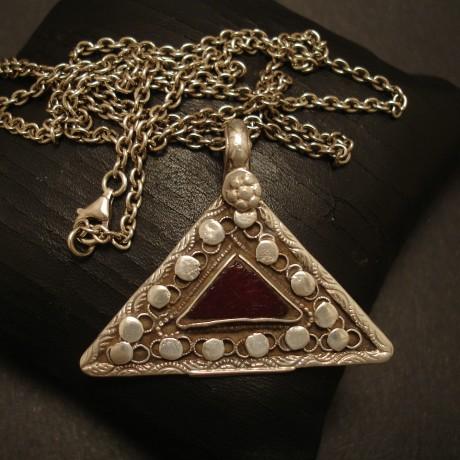 afghani-old-tribal-silver-pendant-triangle-05043.jpg