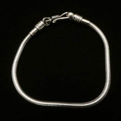 22.5cm-silver-snake-chain-bracelet-00531.jpg