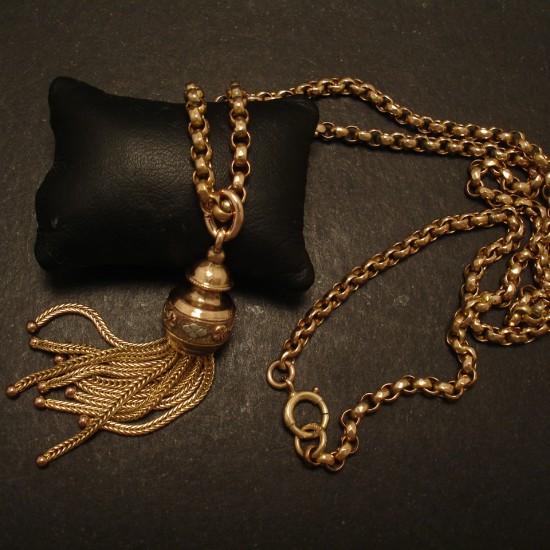 gold-tassel-antique-pendant-05257.jpg