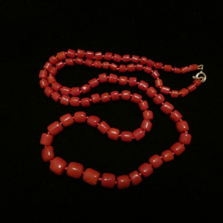 native-cut-old-red-coral-bead-necklace-00397.jpg