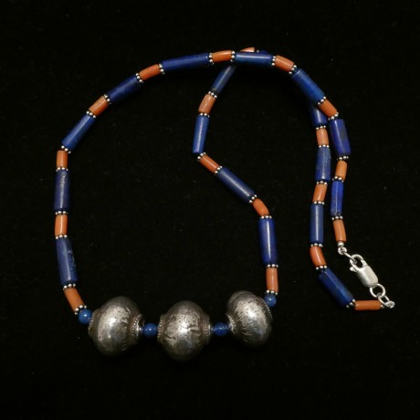 old-afghani-silver-lapis-coral-necklace-00404.jpg
