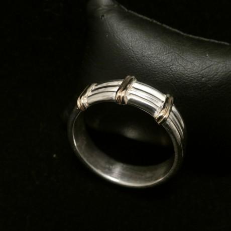 gold-striped-silver-ring-00427.jpg