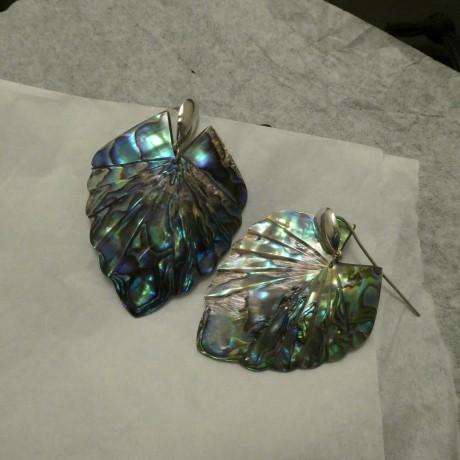 handcarved-paua-shell-silver-earrings-00702.jpg
