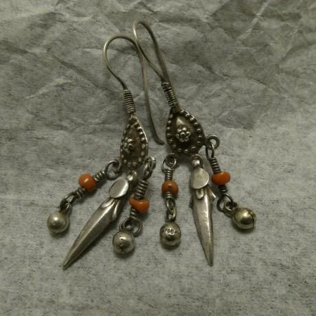 afghani-coral-old-tribal-silver-earrings-00724.jpg