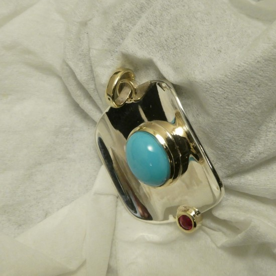 agrade-untreated-turquoise-ruby-silver-gold-pendant-10113.jpg