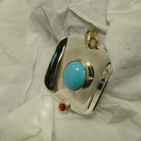 agrade-untreated-turquoise-ruby-silver-gold-pendant-10114.jpg
