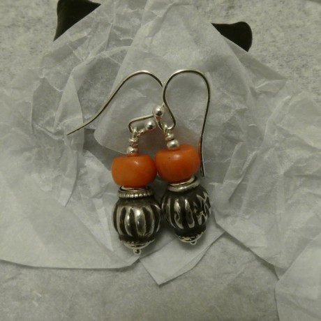 matched-old-corals-tribal-silver-earrings-10044.jpg