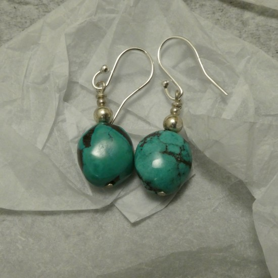 simple-ariozona-turquoise-silver-earrings-10042.jpg