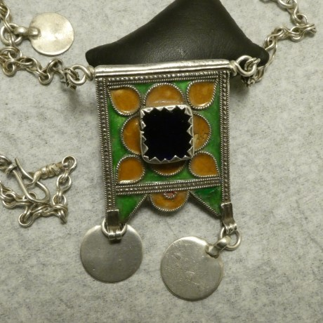 traditional-enamelled-moroccan-silver-pendant-chain-10076.jpg