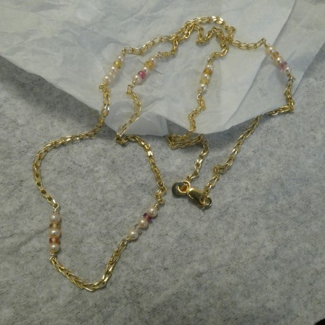 3mm-pink-pearls-coloured-sapphires-9ctgold-chain-nex-10259.jpg