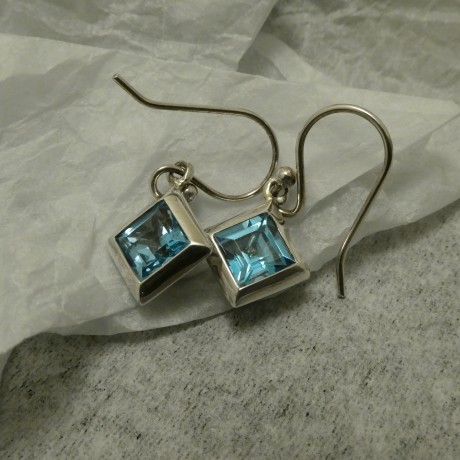 strong-geometric-silver-blue-topaz-earrings-10456.jpg