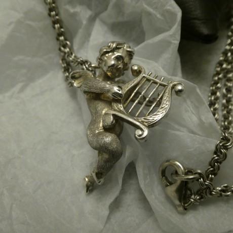 silver-putti-pendant-10432.jpg