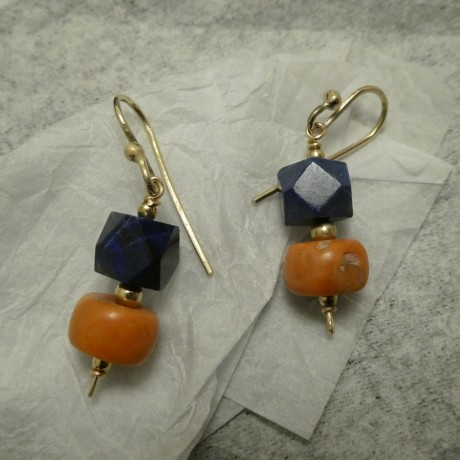 twelve-sided-lapis-old-corals-9ctgold-earrings-10598